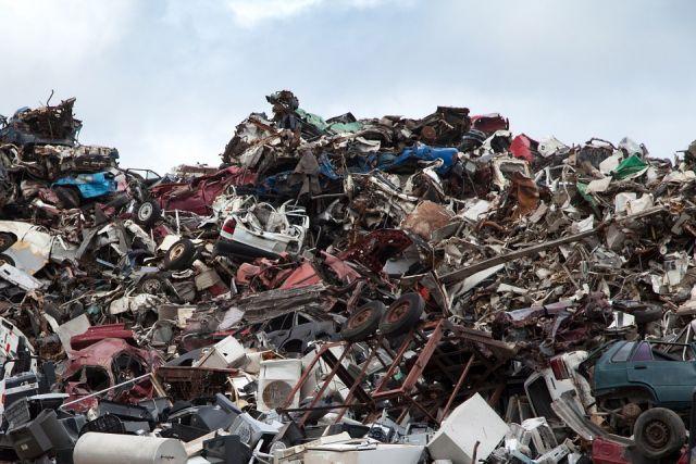 Прокуратура обязала сельскую администрацию убрать стихийные свалки