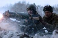 В фильме «28 панфиловцев» роль Дмитрия Тимофеева (справа) сыграл Александр Филипенко.