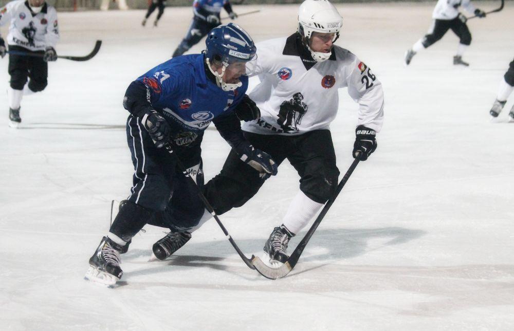 Хозяева ледового поля сыграли на классе и добились уверенных побед в обоих матчах.