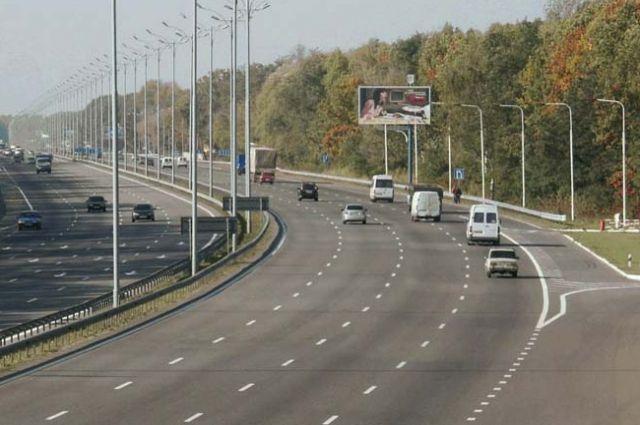 Медведев сделал участок дороги «Украина» платным практически на100 лет
