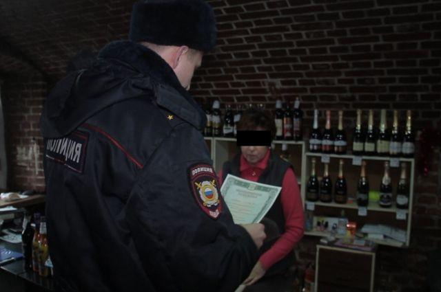 Более трех тысяч бутылок нелегального алкоголя изъяли в Калининграде.