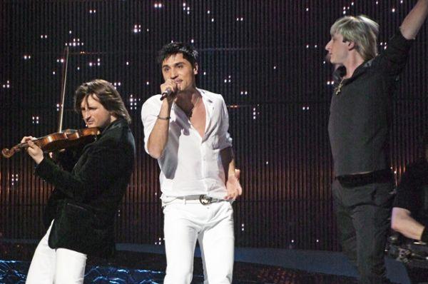 В 2008 году на «Евровидение» снова поехал Дима Билан. Его песня «Believe» («Поверь») заняла 1 место — Россия впервые победила в конкурсе.
