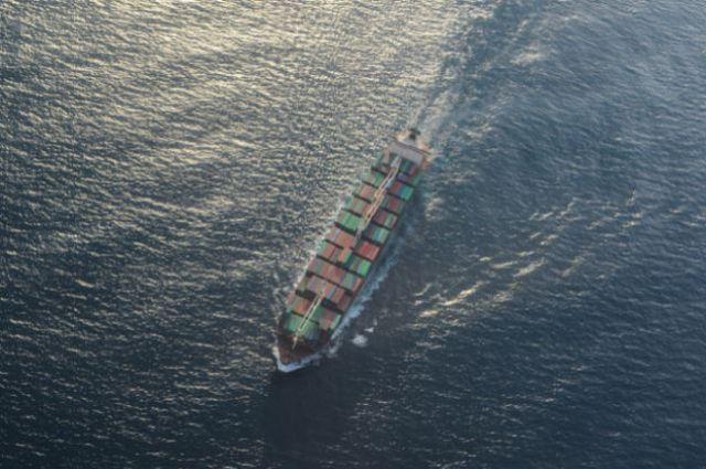 Корабли Черноморского флота сняли смели сухогруз сукраинцами наборту