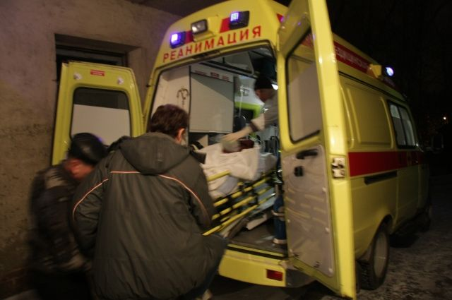 Женщина скончалась в карете скорой помощи.