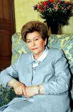 2002 год. Супруга первого президента России Наина Ельцина накануне 70-летия.