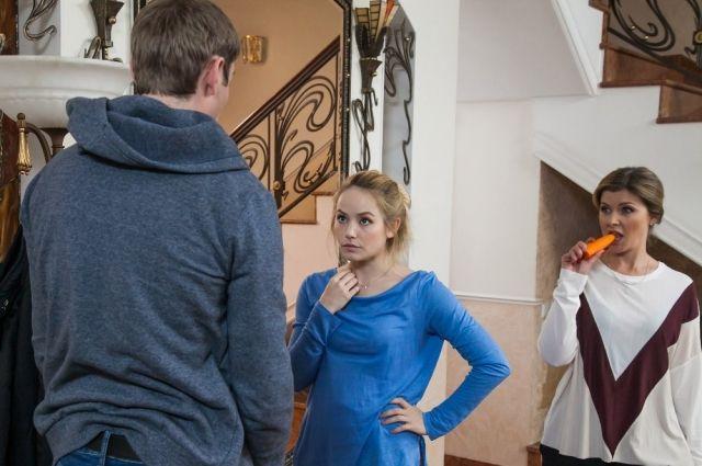 Семья растет, развивается, отношения у Коляна и Леры.