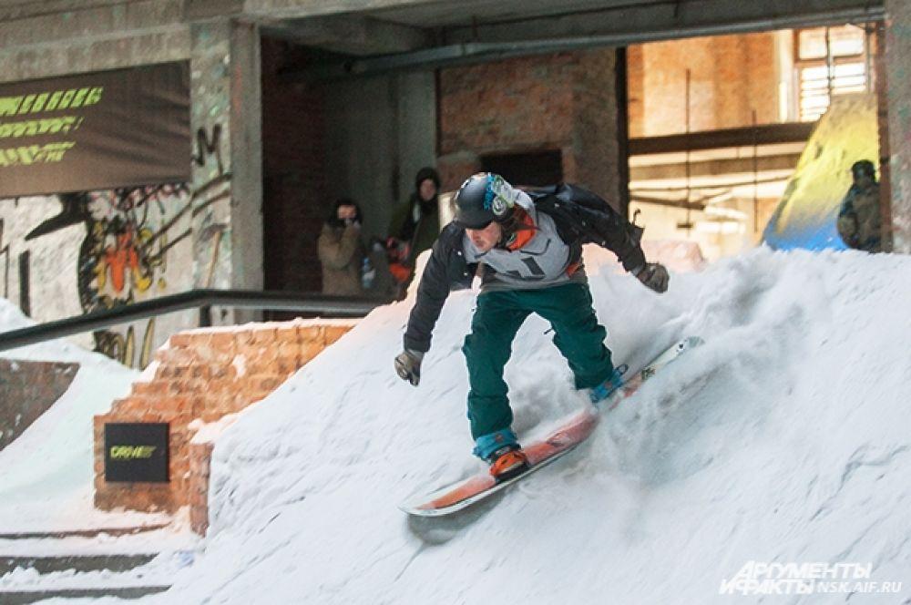 Первое и второе места завоевали новосибирцы, на третьем - спортсмен из Перми