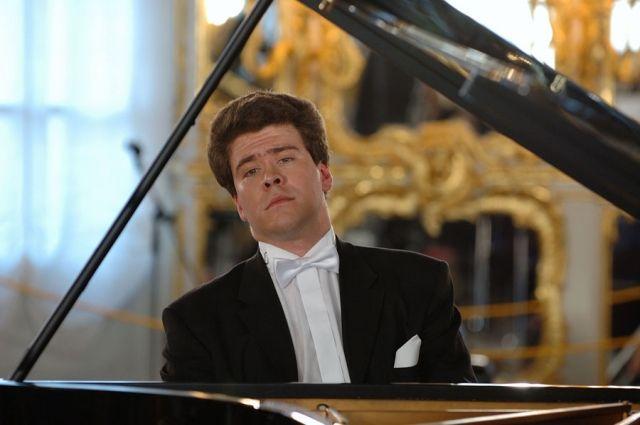 Известный музыкант Денис Мацуев побывал вгороде