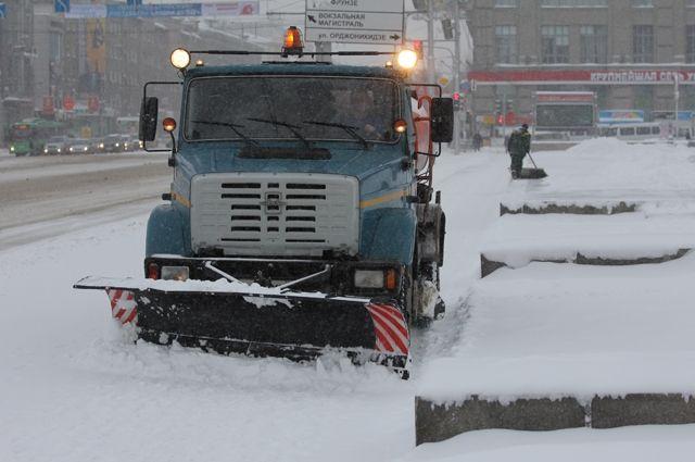 Больше 3 млн кубоместров снега вывезли из города