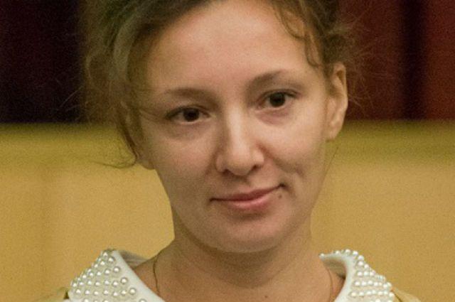 Анна Кузнецова предложила ввести пожизненный контроль запедофилами