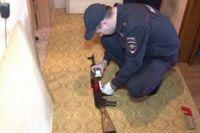 Полицейские изъяли два зарегистрированных ружья.