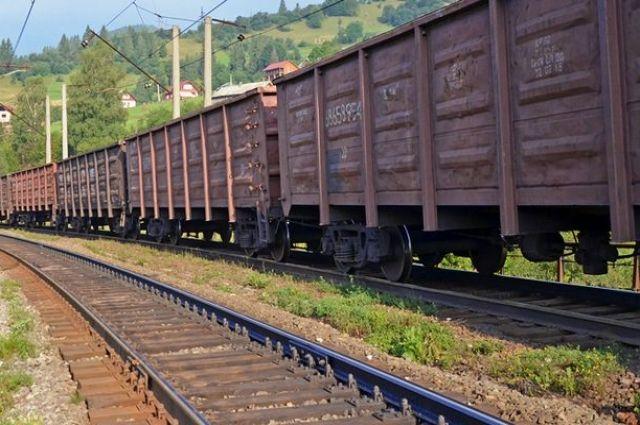 «Укрзализныця» неосуществляет грузоперевозки между временно неподконтрольной иподконтрольной территорией государства Украины