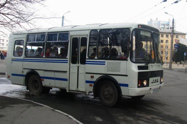 ВТамбове женщина угодила под колеса автобуса