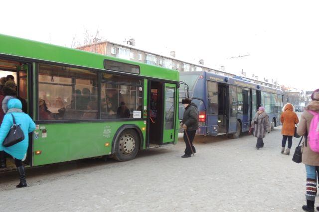 В приоритете должны быть автобусы большой вместимости.