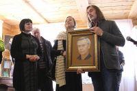 К открытию музея известный художник Никас Сафронов написал портрет писателя и лично привёз его в Иркутск.