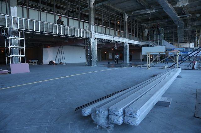 Новый зал ожидания Храброво будет достроен к лету.