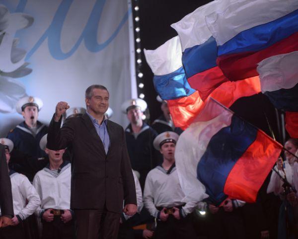 Премьер-министр Автономной Республики Крым Сергей Аксенов на праздничном концерте «Крым-Весна» на площади Ленина в центре Симферополя.