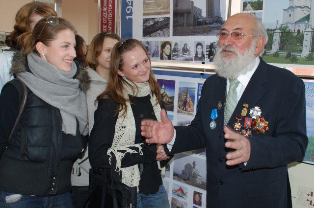 ВКрасноярске архитектор Демирханов лишился пальцев из за обморожения