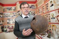 Останки бойцов-южноуральцев и их вещи нашли в Новгородской и Волгоградской областях юные поисковики под руководством Александра Тапилина.