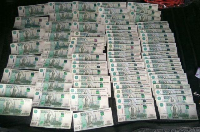 Житель Нового Уренгоя, пытаясь найти работу, попался на уловки мошенников