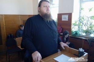 Настоятель Храма-на-Крови отец Максим Меняйло.