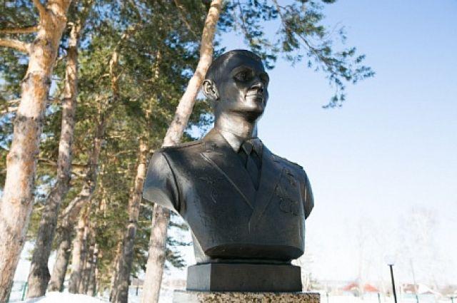 В Оренбурге летом установят памятник Герою России Александру Прохоренко