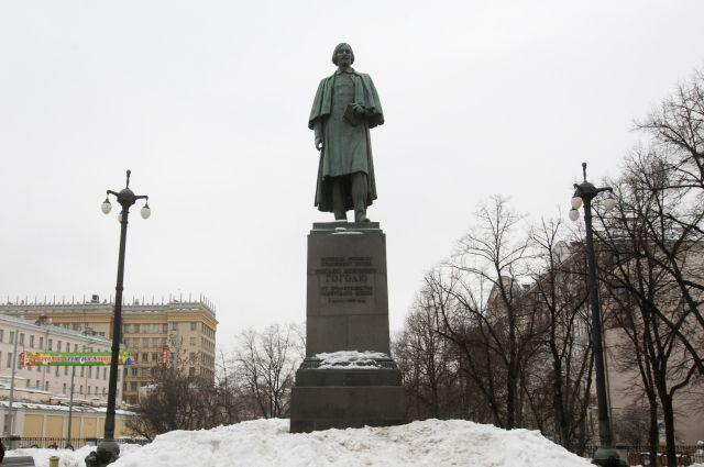В столице России в текущем 2017г проведут реставрацию неменее сотни монументов