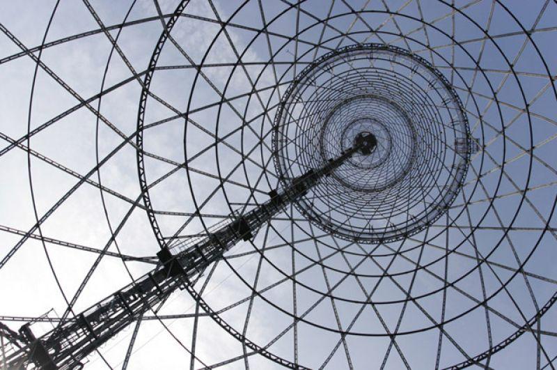 Долгие годы изображение радиобашни Шухова являлось эмблемой советского телевидения и заставкой многих телепередач, в частности новогоднего «Голубого огонька».