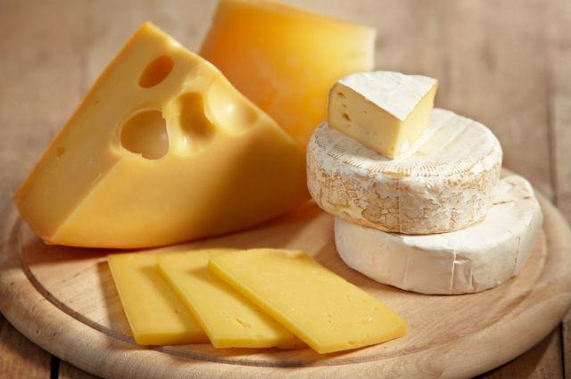 Жирный сыр помогает впохудении— ученые