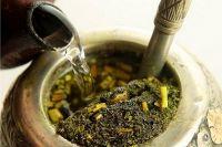 Напиток «мате» обладает массой полезных свойств, поэтому эксперты рекомендуют пить его ежедневно