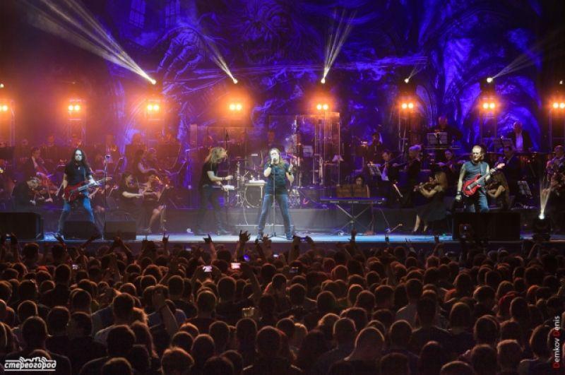 Советская и российская рок-группа «Ария», играющая в жанре хэви-метал, дала незабываемый концерт с симфоническим оркестром в Ростове-на-Дону.
