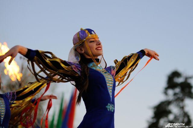 Навруз был включён ЮНЕСКО в Репрезентативный список нематериального культурного наследия человечества.