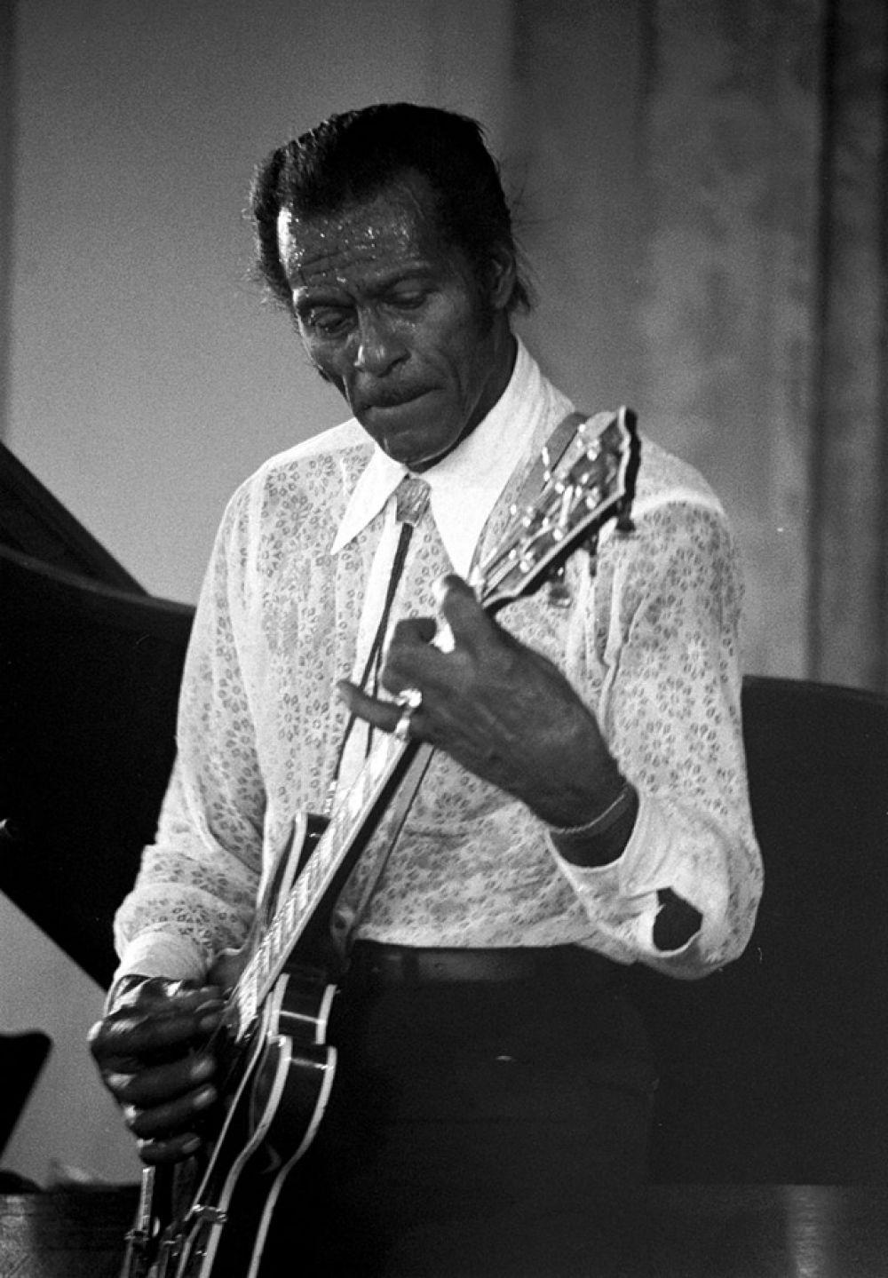В 1984 году получил музыкальную премию «Грэмми», а в 1986-м стал одним из первых посвященных в американский Зал славы рок-н-ролла.