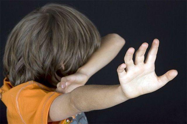Курянку наказали за беспощадное обращение с сыном