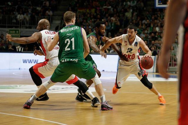 «Локомотив-Кубань» проиграл впервом полуфинальном матче баскетбольного Еврокубка