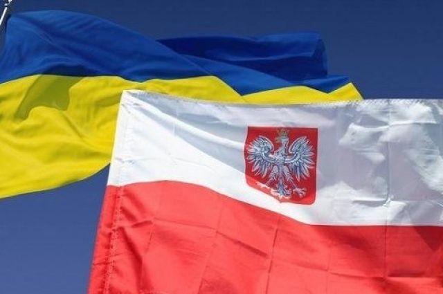 Польша поможет Украине с деньгами на ремонт дорог