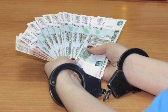 Оренбуржец задержан при даче взятки в размере 100 тыс. рублей начальнику ИК