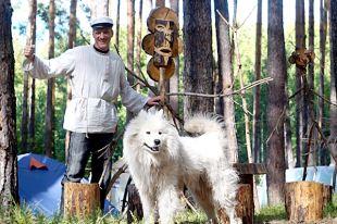 Четвертый год Владимир Сухов из Челнов живет в лесу.