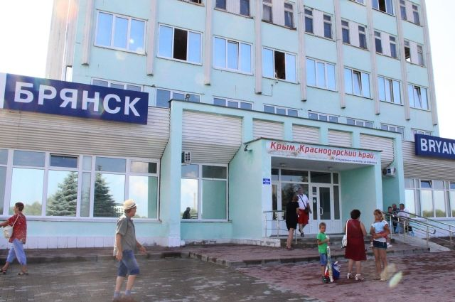 Ваэропорту «Брянск» профессионалы  оценивают состояние ВПП