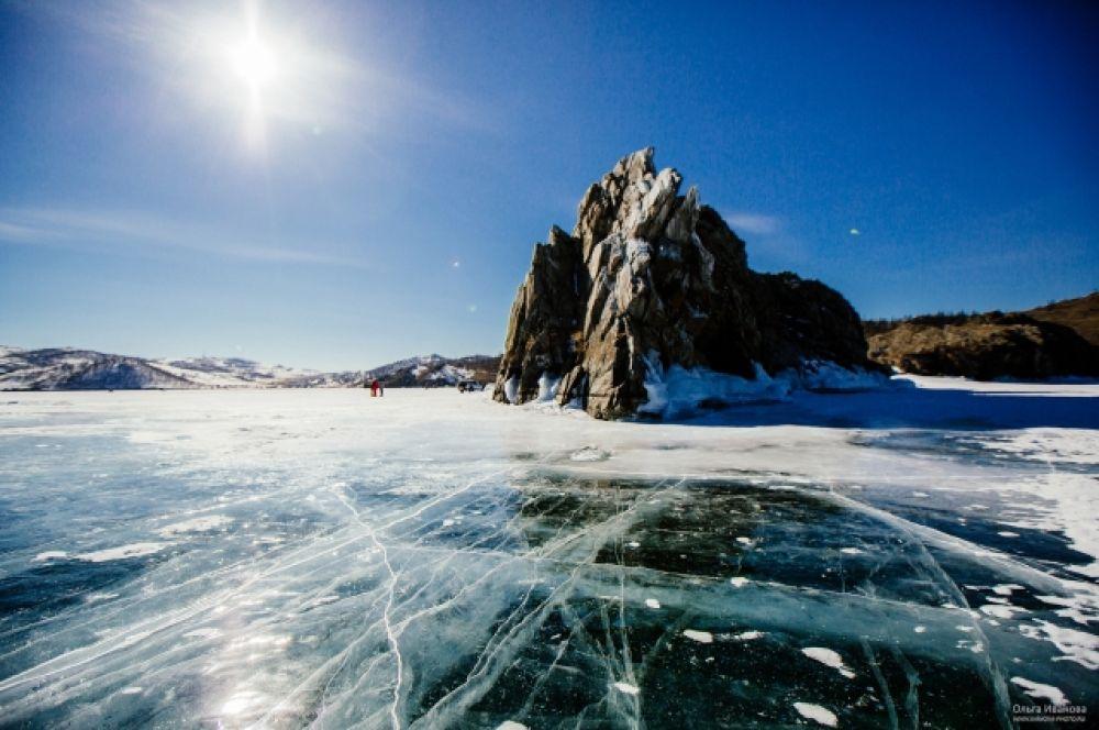 Фестиваль «Байкальский разлом» прошел в Куркутском заливе озера Байкал.
