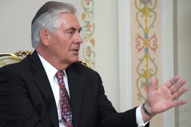Тиллерсон намерен в апреле посетить Россию — СМИ