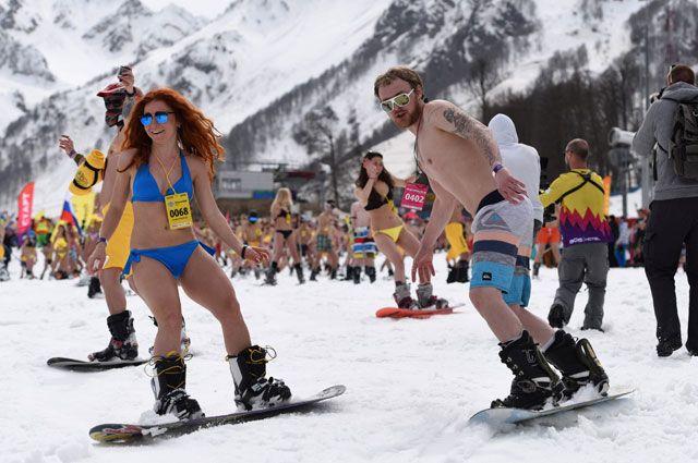 В купальниках на лыжах. На «Роза Хутор» пройдет высокогорный карнавал