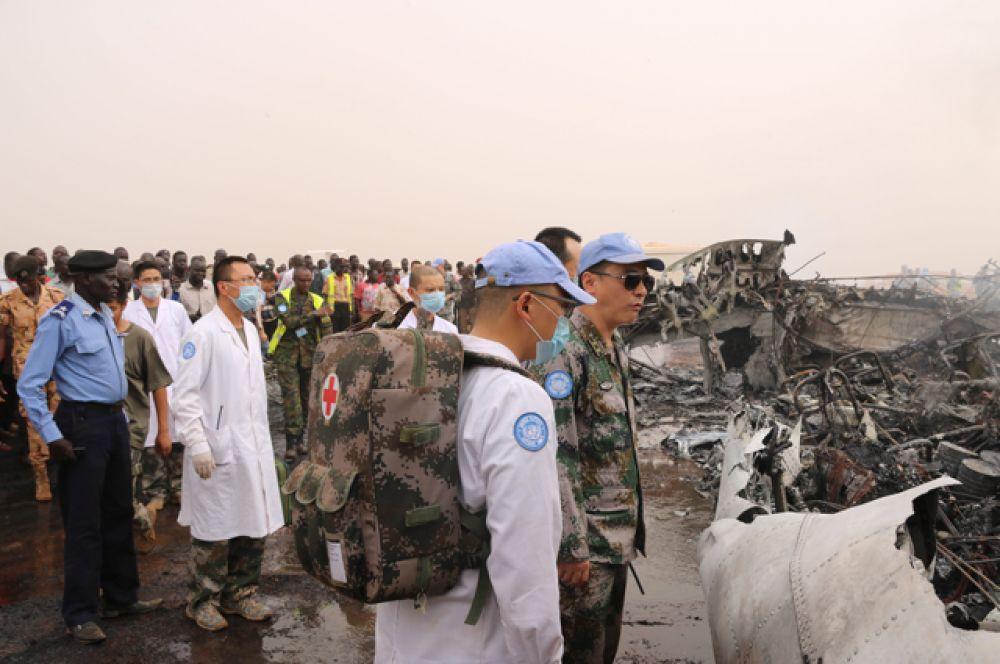 На месте крушения самолёта в Южном Судане.