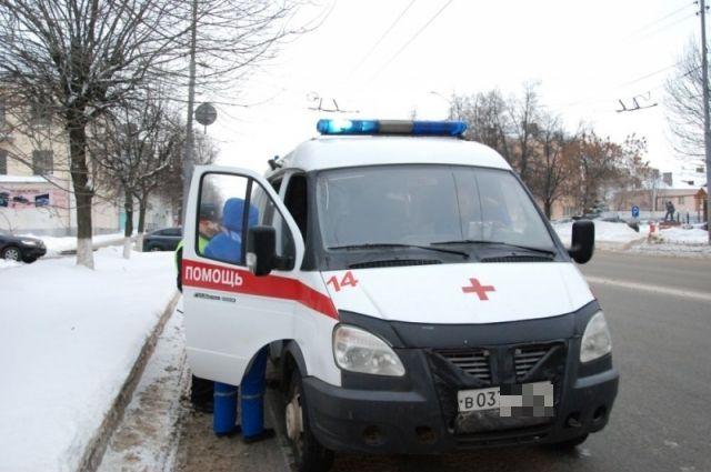 В аварии пострадали двое.