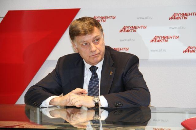 Вячеслав Макаров в пресс-центре «АиФ-Петербург».