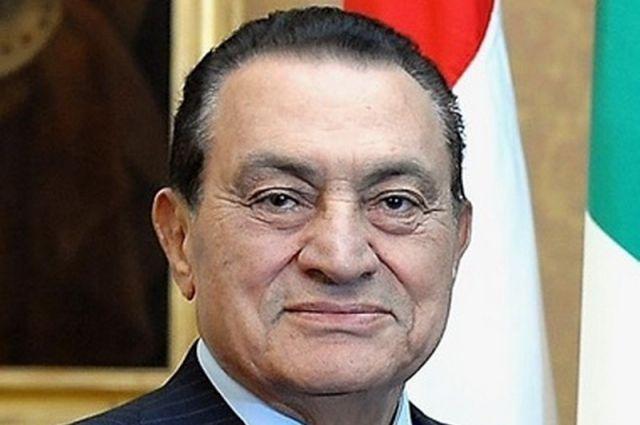 Адвокат Мубарака опроверг сообщения о его выходе из военного госпиталя