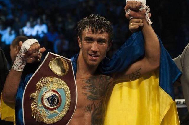 НеКличко: Усик иЛомаченко назвали лучшего боксера мира
