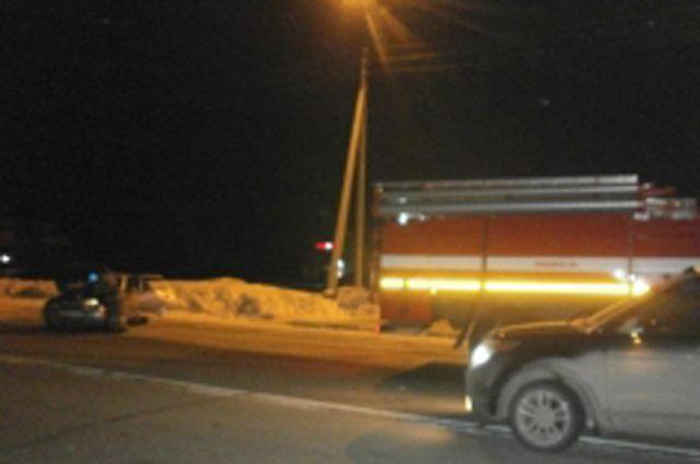 В Новом Уренгое в ДТП пострадала женщина-пассажир.