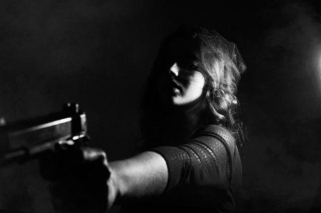 Юного мужчину расстреляли вквартире насевере Петербурга