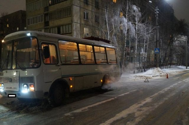 ВОренбурге наСалмышской столкнулись автобусы, пострадал ребенок